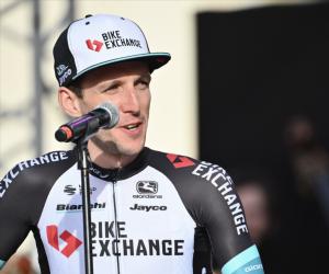 Giro d'Italia 2021: Simon Yates and Egan Bernal bid to take crown in unpredictable race