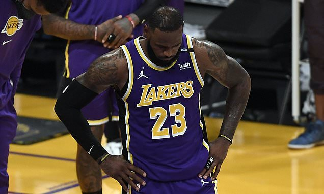 LA Lakers suffer110-106 defeat despite LeBron James' return