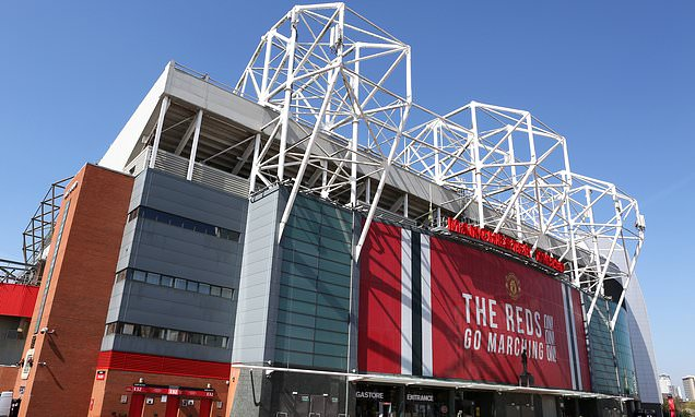 Man United sponsor Adidas unhappy with club over falling shirt sales