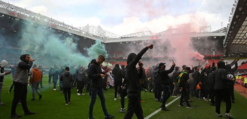 """Man Utd """"regret"""" Glazer protest but say they support fans' freedom to protest"""