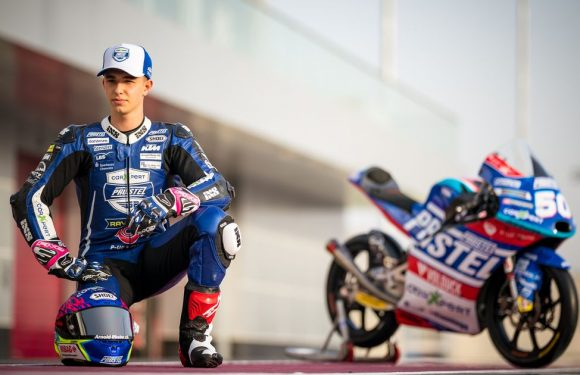 Moto3 teen Jason Dupasquier dies in hospital after crash threw him from bike