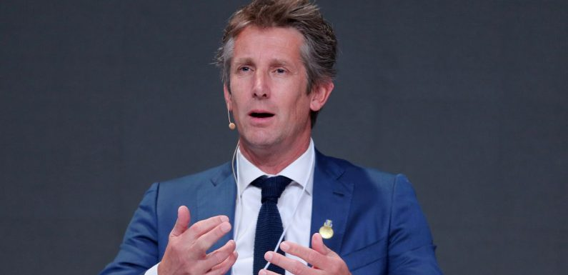 Van der Sar confirms Man Utd contact and admits deciding factor in new CEO role