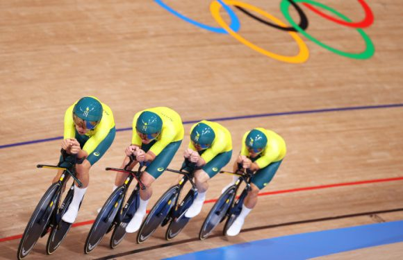 Australia bounce back for team pursuit bronze, Italy break world record to win gold