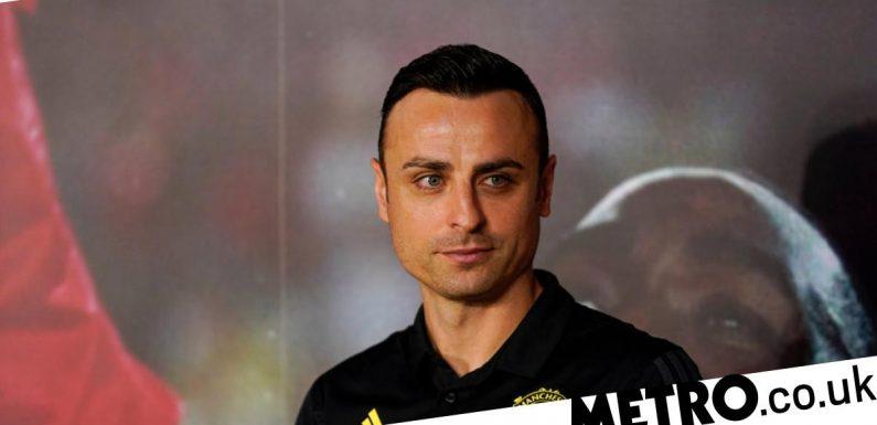 Berbatov tells Man Utd outcast to 'push to leave' before transfer window shuts