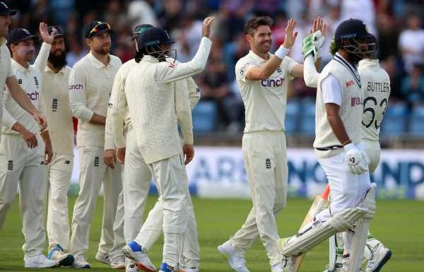 James Anderson felt England's display at Headingley could not 'get much better'