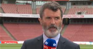 Man Utd icon Roy Keane taps pocket in response to fan's Patrick Vieira jibe