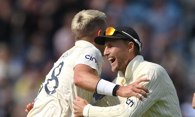 NASSER HUSSAIN: Full English is too much for India at Headingley