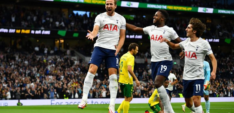Spurs fans give Kane standing ovation as he scores after Man City move collapsed