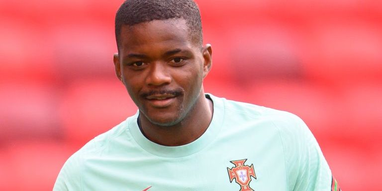 William Carvalho: Norwich in transfer talks over signing Portugal international from Real Betis