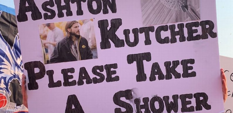 Best signs from College GameDay at Iowa-Iowa State