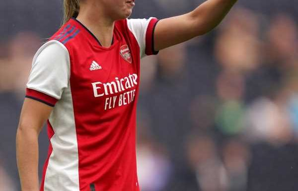 Beth Mead double helps Arsenal down defending WSL champions Chelsea