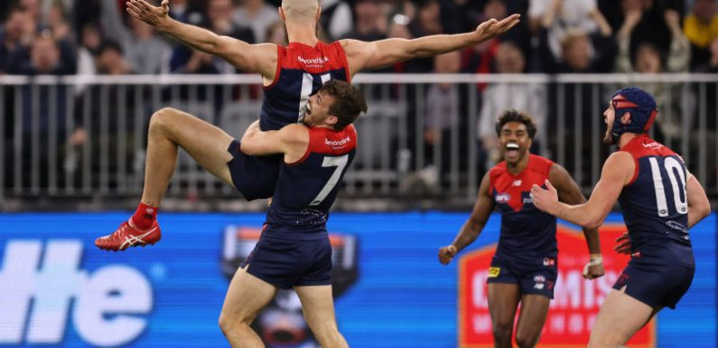 Dees' Gawn leads the party like it's 1964