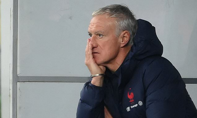 Didier Deschamps 'starting to lose control of France'