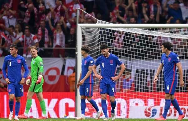 England still on course for World Cup but late Poland collapse revealed familiar problems