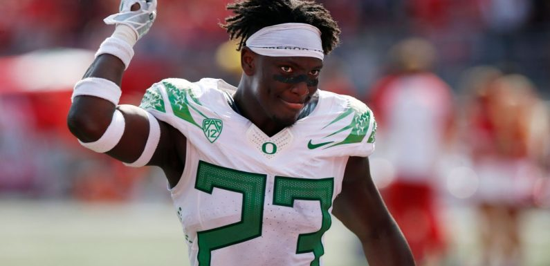 How Oregons win over Ohio State boosts Pac-12s College Football Playoff hopes