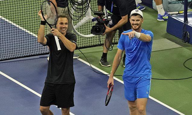 Jamie Murray and Joe Salisbury qualify for men's doubles final