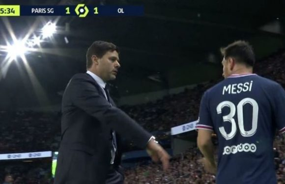 Lionel Messi makes feelings clear to Mauricio Pochettino after surprise PSG substitution