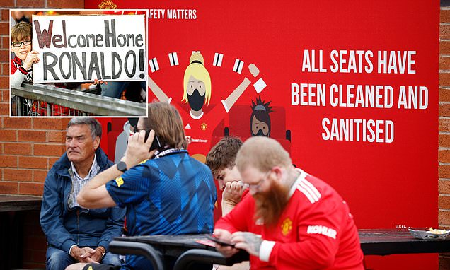 Manchester United to introduce Covid spot checks at Newcastle game