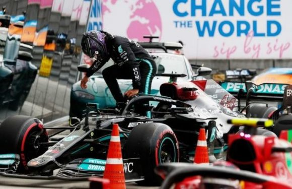Mercedes boss Toto Wolff contradicts Lewis Hamilton's blame claim at Russian Grand Prix