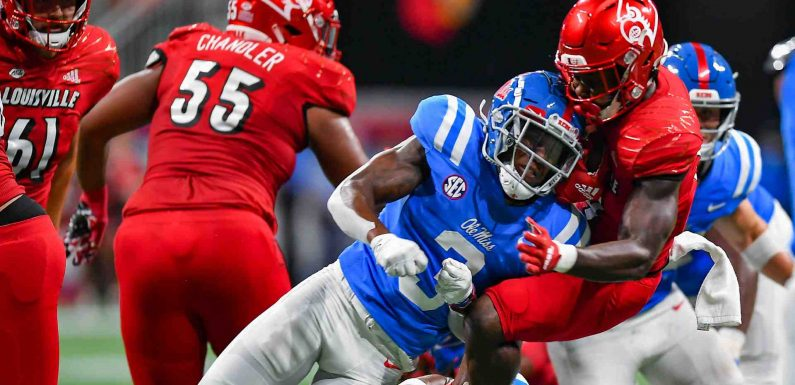 Ole Miss-Louisville features four targeting ejections in first half