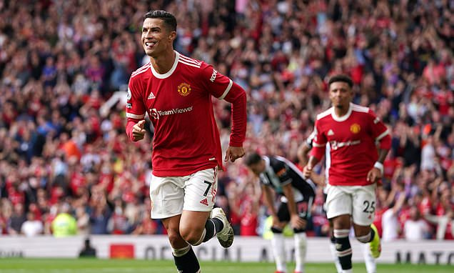 Rashford leads tributes to Ronaldo after scoring on second debut