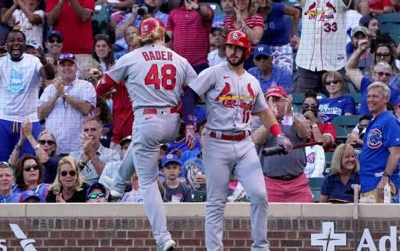 Wild-card battles, division drama and the streaking Cardinals: What's at stake in MLB season's final week