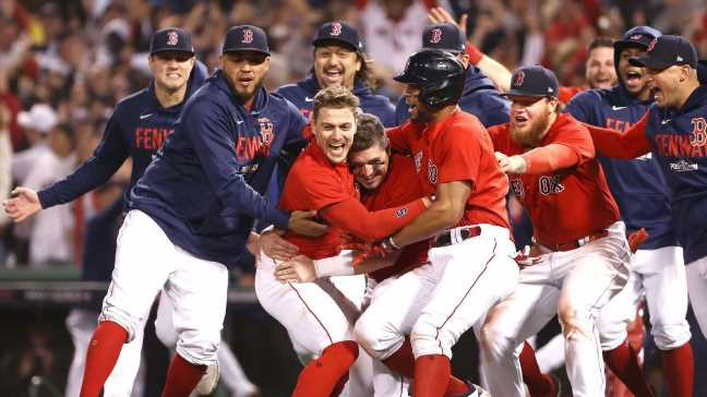 Fenway magic is in the air as Red Sox roll into ALCS